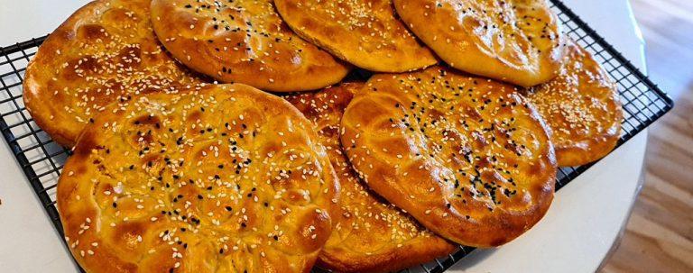 طرز تهیه ایشلی کوکه، نان روغنی سنتی تبریز
